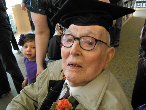 Image: Fred Butler earns his diploma at 106 years old