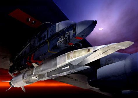 Image: The Boeing Phantom Works X-51A vehicle with Pratt & Whitney Rocketdyne SJY61 scramjet hangs on B-52H wing mount under full moon.