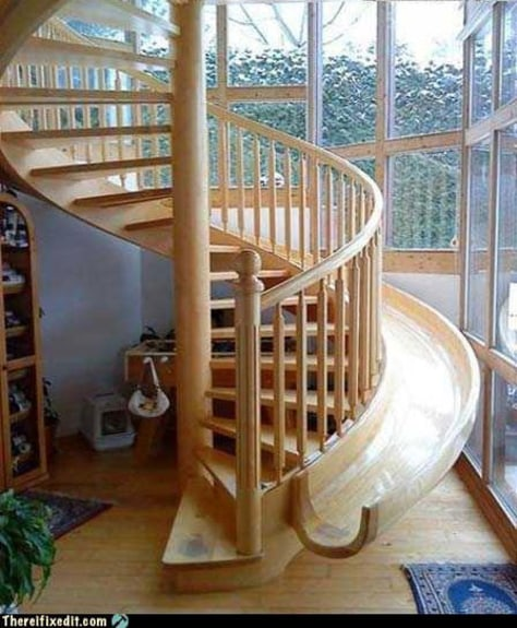 Image: Spiral staircase with slide