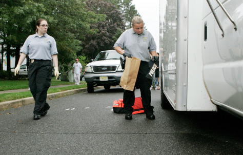Image: Gathering evidence at scene of N.J. shootout