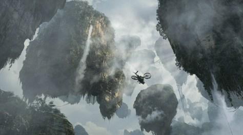Image: Pandora's floating mountains dwarf a massive gunship