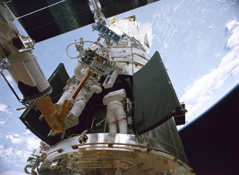 IMAGE: Hubble 3D