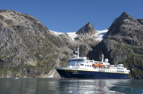 Image: Lindblad cruise ship