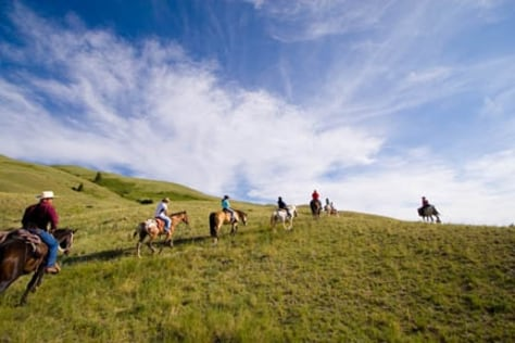 Yellowstone: Trekking, Walking & Biking