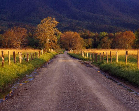 Image: Cades Cove, Great Smoky Mountains National Park, Tennessee