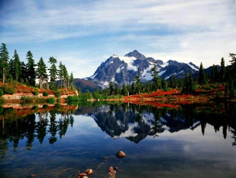Mount Shuksan and Autumn in the Cascades National Park in Washington