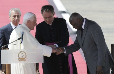 Image: Pope and Angola's president