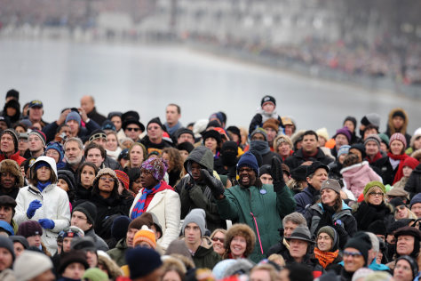 Image: People bundled up at inauguration concert