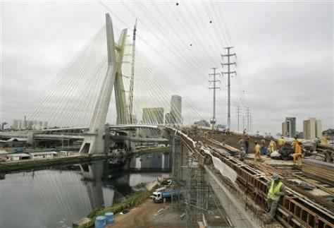 Image: Bridge in Sao Paulo