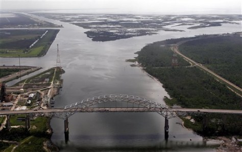 IMAGE: MISSISSIPPI RIVER-GULF OUTLET
