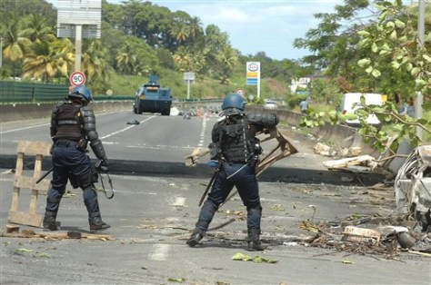 Image: Police on Guadeloupe