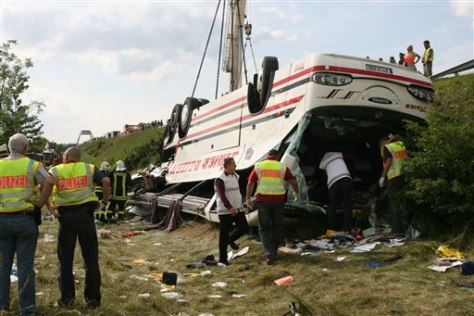 IMAGE: TOUR BUS THAT CRASHED