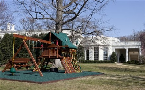 Image: Wooden swing set for Obama girls