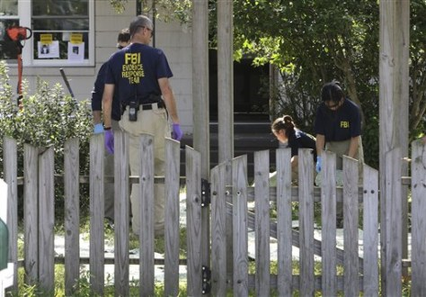 Image: Police investigation at Fla. vacant home