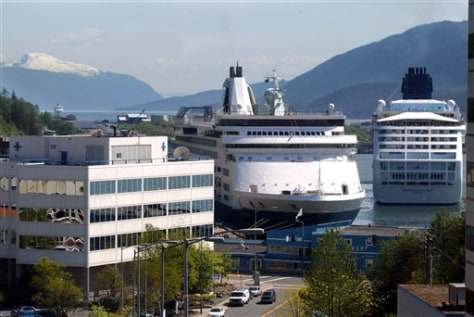 Image: Cruise ships in Juneau