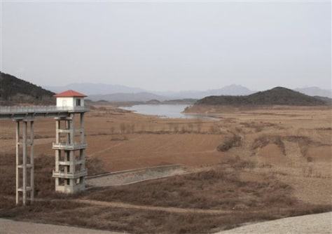 IMAGE: LOW LEVEL AT BEIJING RESERVOIR