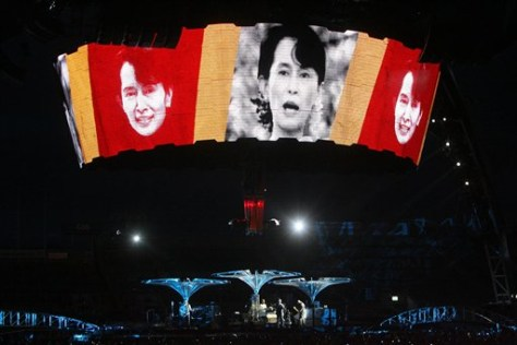 Image: Suu Kyi photos shown at U2 concert