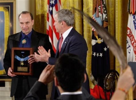 IMAGE: BUSH AWARDS MEDAL OF HONOR