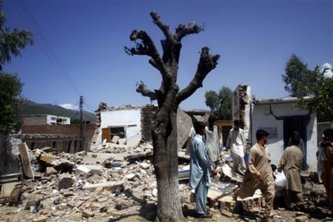 Image: Rubble of Pakistani police station