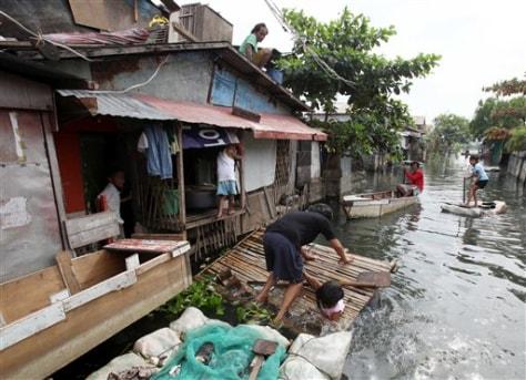 Image: Flooded village