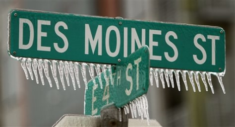 Image: Icicles on road signs