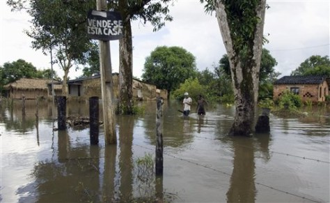 Image: Flooded village