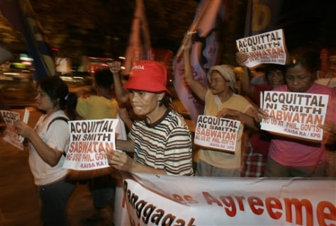 Image: Philippines protest over U.S. Marine