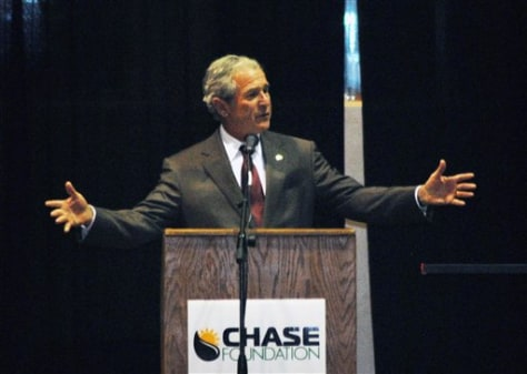 Image: Bush at N.M. high school reception