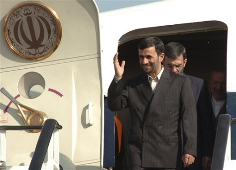 IMAGE: Ahmadinejad in Armenia