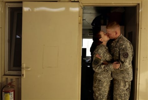 Army lets soldiers take 'I do' to Iraq war zone