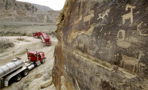 IMAGE: TANKERS PASS ROCK ART
