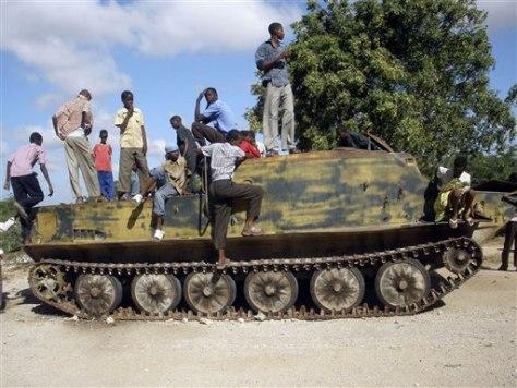 Image: Ethiopian tank in Somalia