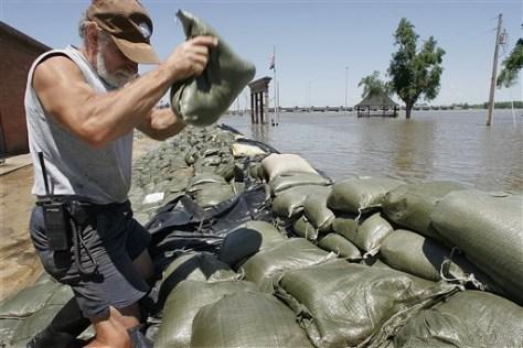 Image: Midwest sandbags
