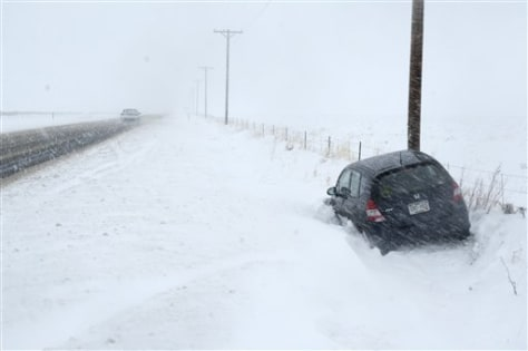 Image: Car in snow drift
