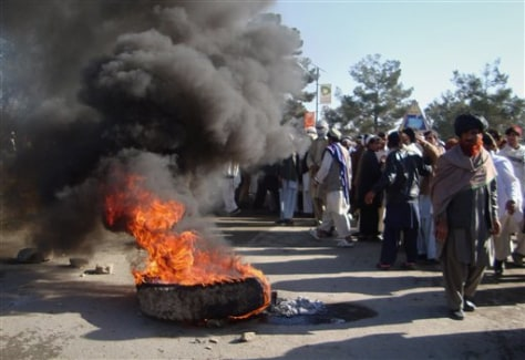 Image: Protesters in Afghanistan