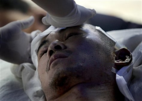 Image: China quake survivor