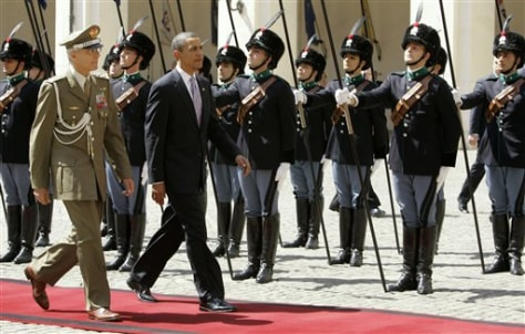 Image: Barack Obama with Italy's honor guard