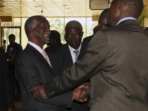 Image: Mbeki inZimbabwe talks