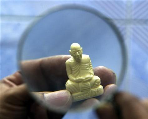 Image: Ivory artifact