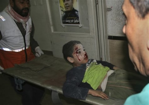 Image: Wounded boy