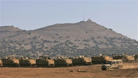 IMAGE: ISRAELI TROOPS IN GOLAN HEIGHTS