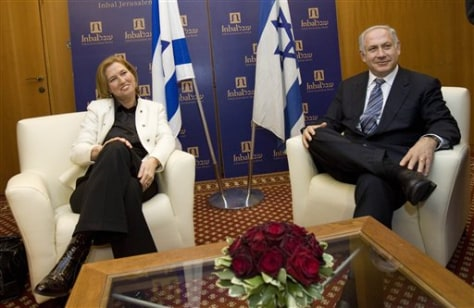Image: Israeli Foreign Minister and leader of the Kadima party Tzipi Livni, left, and Likud Party leader Benjamin Netanyahu