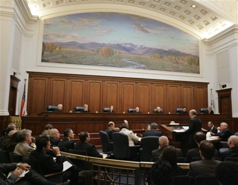 Image: California justices hear gay marriage arguments