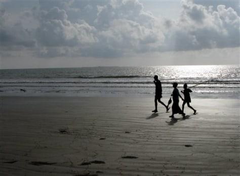 Image: Myanmar beach