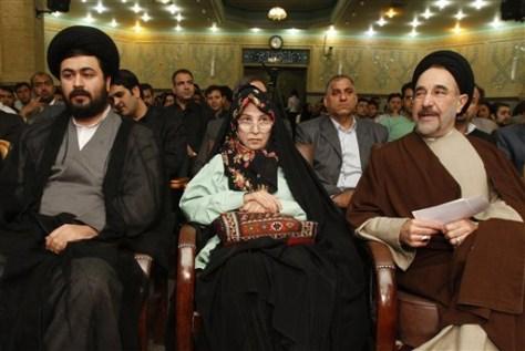 Image: Zahra Rahnavard, Mousavi's wife