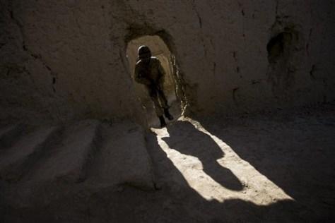 Image: Pakistani soldier