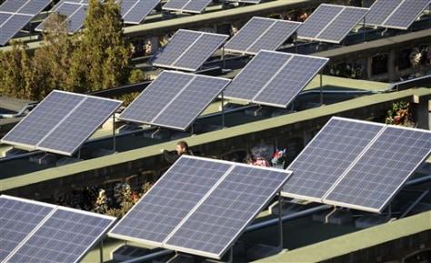 Image: Spain solar cemetery