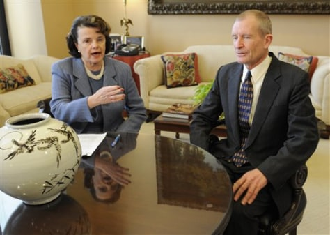 Image: Dianne Feinstein and Dennis Blair