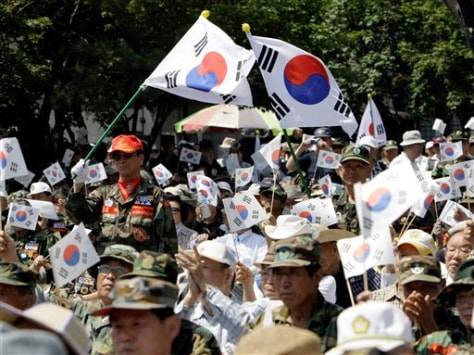 Image: South Korean war veterans rally