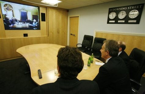 IMAGE: BLAIR SPEAKING TO IRAQ STUDY GROUP